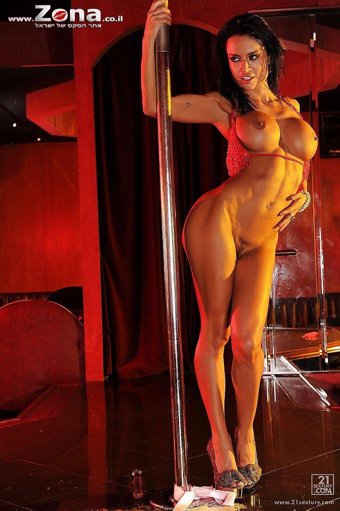pillua siskolta striptease kouvola